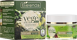 Fragrances, Perfumes, Cosmetics Cream for Combination and Oily Skin - Bielenda Vege Skin Diet