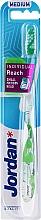 Fragrances, Perfumes, Cosmetics Toothbrush with Cap, white-green - Jordan Individual Reach Medium Toothbrush