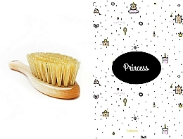 Fragrances, Perfumes, Cosmetics Set - LullaLove Princess (hair brush + muslin)