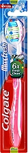 Fragrances, Perfumes, Cosmetics Toothbrush Medium Hard, white-pink - Colgate Max Fresh Medium