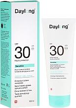 Fragrances, Perfumes, Cosmetics Light Sunscreen Gel-Cream SPF 30 - Daylong Sensitive Gel-Creme SPF 30