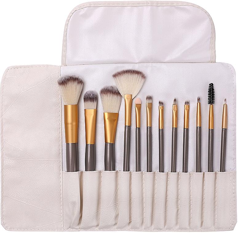 Professional Makeup Brush Set in Case, 12 pcs - Lewer