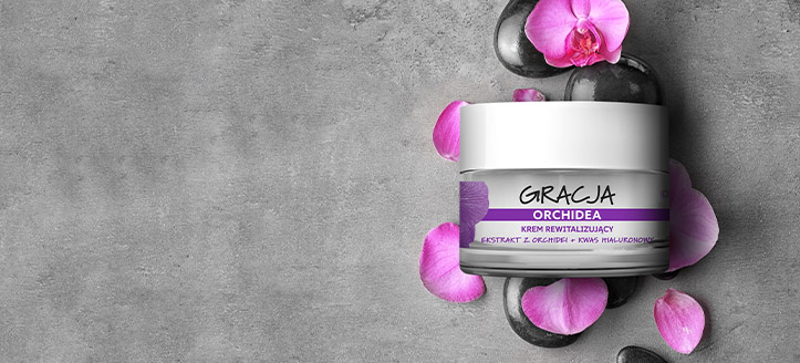Buy Gracja products for the amount of £7 or more and get a free Revitalizing Anti-Wrinkle Cream