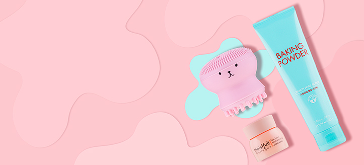 Buy Etude House products for the amount of £34 and get a free silicone face cleansing brush