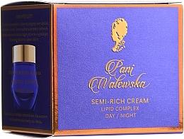 Fragrances, Perfumes, Cosmetics Light Nourishing Cream - Pani Walewska Classic krem