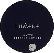 Fragrances, Perfumes, Cosmetics Compact Mattifying Powder - Lumene Matte Pressed Powder