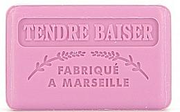 "Fragrances, Perfumes, Cosmetics Marseilles Soap ""Tender Kiss"" - Foufour Savonnette Marseillaise Tendre Baiser"