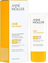 Fragrances, Perfumes, Cosmetics Facial Sun Cream - Anne Moller Age Sun Resist Protective Face Cream SPF30