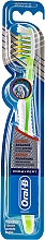 Fragrances, Perfumes, Cosmetics Toothbrush, 40 medium, - Oral-B Pro-Expert Antibacterial Medium