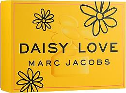 Fragrances, Perfumes, Cosmetics Marc Jacobs Daisy Love - Set (edt/100ml + b/lot/75ml + edt/10ml)