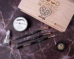 Set - Lash Brown Morning Beautiful (brow soap/50g + brow oil/6ml + eyebrow pomade/7g + brush/3pcs) — photo N11