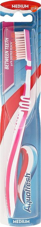 Medium Toothbrush, pink - Aquafresh Between Teeth Medium