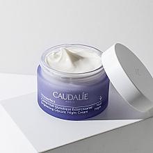 Anti-Dark Spot Night Cream with Glycolic Acid - Caudalie Vinoperfect Dark Spot Correcting Glycolic Night Cream — photo N3
