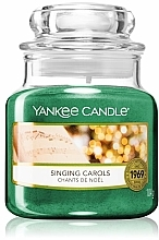 Fragrances, Perfumes, Cosmetics Scented Candle in Jar - Yankee Candle Singing Carols