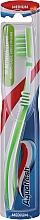 Fragrances, Perfumes, Cosmetics Toothbrush, white-green - Aquafresh In-Between Clean Medium